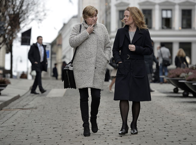 <p>KARL JOHAN-TUR: LO-leder Gerd Kristiansen (t.v.) og arbeids- og sosialminister Anniken Hauglie er enig i at ledighet er roten til mye vondt.<br/></p>