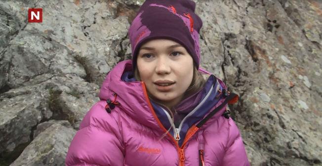 <p>OPPGJØRETS TIME: Her forteller Agnete Johnsen de andre deltagerne at hun trekker seg.</p>