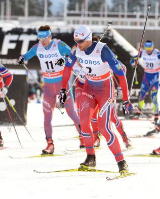 SLET: Petter Northug med startnummer syv på dagens 15 kilometer.