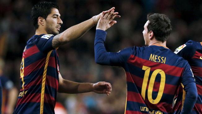<p>FESTFOTBALL: Luis Suárez (t.v.), Lionel Messi og resten av Barcelona vartet opp med real festfotball da laget høvlet over Celta. Samtidig fikk de en revansje fra høsten, da laget tapte 4-1 på bortebane.</p>