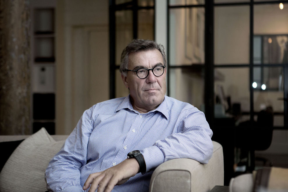 <p>KUTTER: Stein Erik Hagen forsvarer Orklas planer om å kutte rundt halvparten av selskapets fabrikker de neste årene. Han sier de må gjøre det for å vinne kampen om fremtiden.</p>