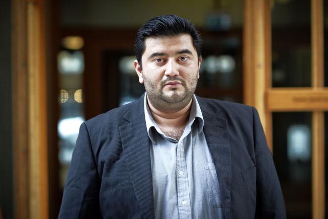 <p>HELT UENIG: Mazyar Keshvari, innvandringspolitisk talsperson i Frp, reagerer på at en UDI-ansatt tar til orde for asylsøker-amnesti.<br/></p>