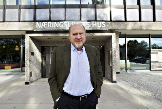 <p>SER ETTER PERSONLIGHET: NHO-direktør Svein Oppegaard har lang erfaring som intervjuer av kandidater til nye jobber blant annet fra ti år som personaldirektør i SAS.</p>