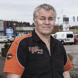 <p/> <p>MOTORSYKKELSELGER: Daglig leder på Harley-Davidson Østfold, Svein Erik Simensen.</p>