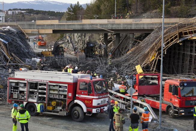 <p>SVIKTET: Bro under bygging på E6 ved Leangen kollapset og falt ned på Ladeforbindelsen.<br/></p>