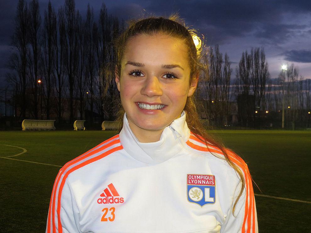 UNG OG LOVENDE: Andrea Norheim blir den yngste spilleren i Lyons A-tropp. Her er hun under et treningsopphold med den franske klubben tidligere i år.
