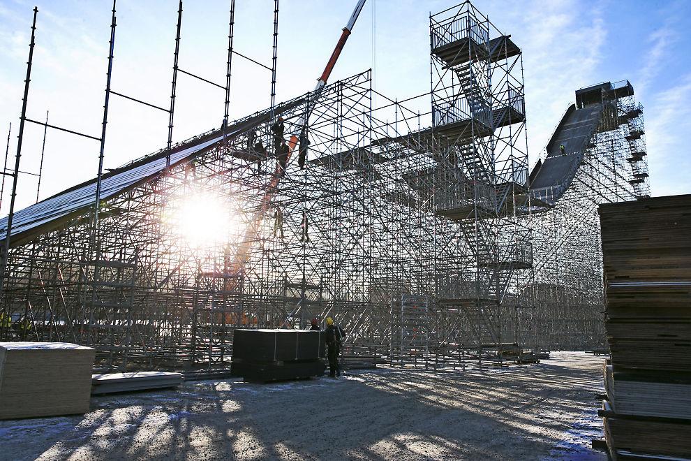 SPEKTAKULÆRT: Dette 57 meter høye hoppet er ført opp på Tøyen i forkant av X Games, som arrangøren håper blir en årlig event i Oslo.