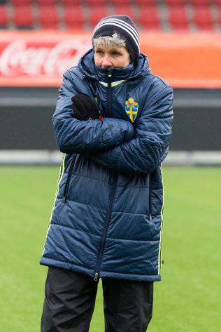 <p>KALD: Rutinerte Pia Sundhage skal prøve å ta Sverige til nok et mesterskap. Da må de trolig slå Norge onsdag.<br/></p>