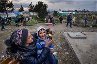 Nå er kvinner og barn i flertall blant flyktningene