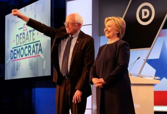 <p>KAN HAN TA HENNE IGJEN? Hillary Clinton er under press etter tirsdagens nederlag i Michigan.</p>