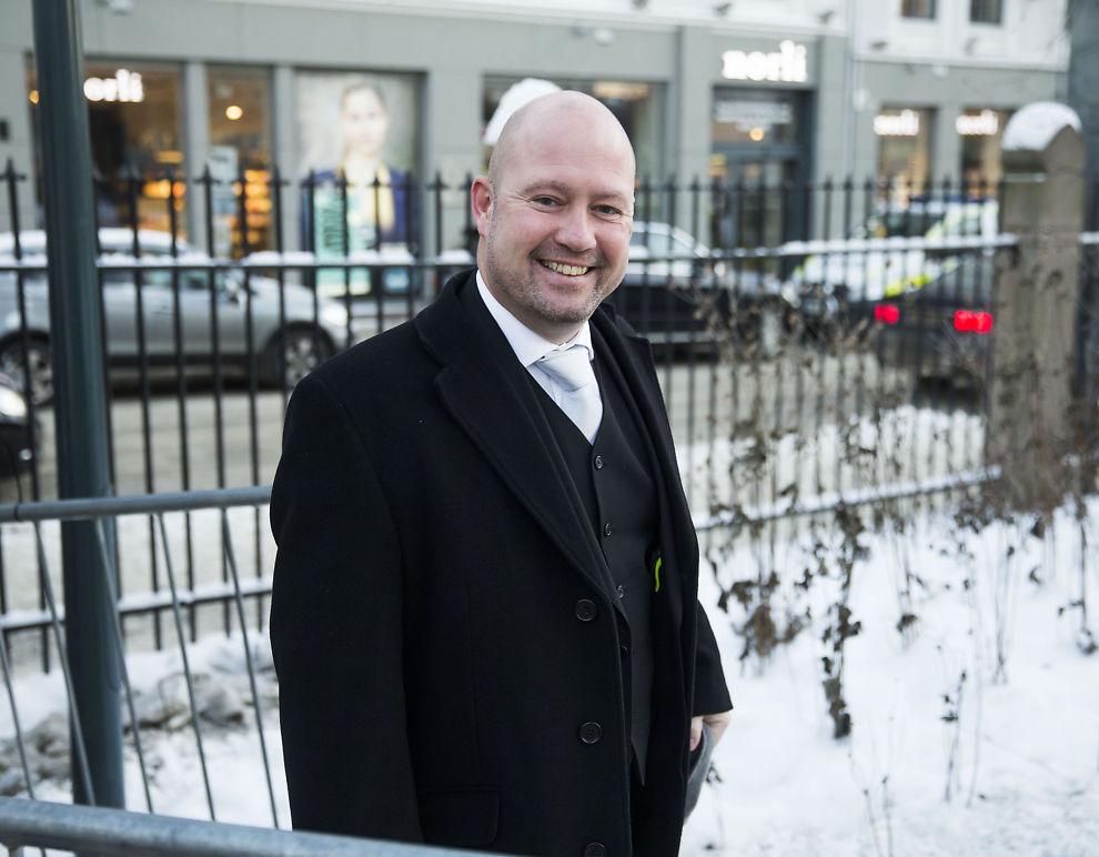 <p>MØTTE PRESSEN: Justisminister Anders Anundsen la fredag frem lovforslag for å gi politiet økt adgang til overvåkning.</p>