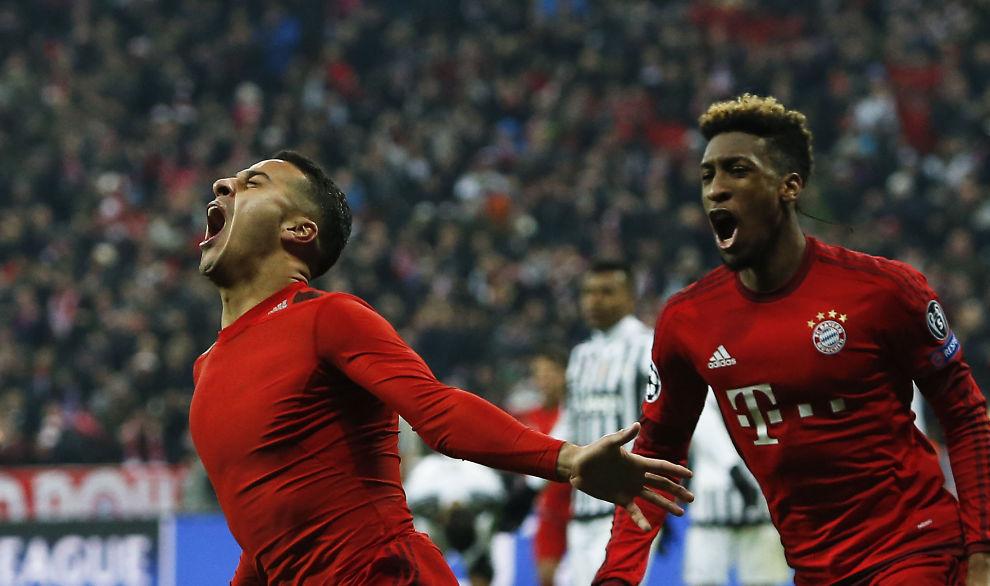 <p>BAYERN-BRØLET: Thiago Alcantara har sendt Bayern opp i 3-2 og jubler med Kingsley Coman, den unge franskmannen som spilte en sentral rolle da Bayern kom tilbake. Foto: REUTERS</p>