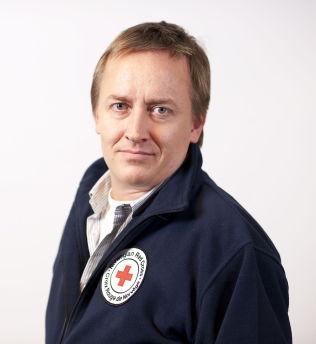 <p>KRITISK: Mads Harlem, leder av Folkerettsseksjonen i Norges Røde Kors.</p>