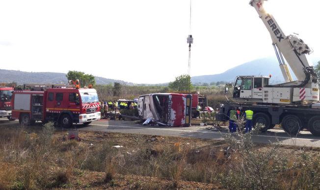<p>MANGE INVOLVERTE: En gruppe studenter var passasjerer i bussen som havnet i en fatal ulykke søndag morgen i Tarragona, melder spanske medier.</p>