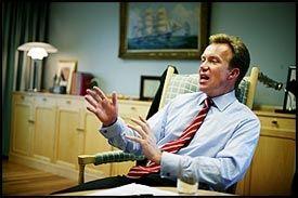 ADVARER: Næringsminister Børge Brende (H) mener en rød-grønn regjering vil føre en politikk som gjør renten vil gå opp flere prosent. Foto: Magnus Knutsen Bjørke