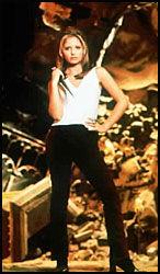 VAMPYRJEGER: TV-serien om vampyrjegeren Buffy baserer seg på gamle forestillinger. Foto: SCANPIX
