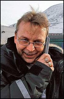 UTEN SLADD: Jan Egil Fredriksen i Longyearbyen TV. Foto: SVALBARDPOSTEN Foto: