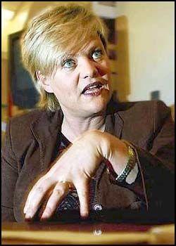 BEKLAGER: Finansminister Kristin Halvorsen beklager sine uttalelser om å boikotter israelske varer. Foto: BJØRN THUNÆS
