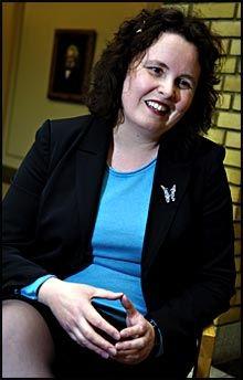 TAR STORT GREP: Helseminister Sylvia Brustad (Ap) har fått regjeringen med på å slå sammen Helse Sør og Helse Øst. Foto: Bjørn Thunæs