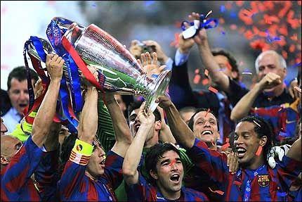 AVGJORDE PÅ TAMPEN: Barcelona-spillerne. Foto: AFP