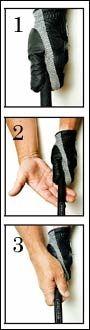 1. VRI: Vri hånden slik at tommelen ligger litt over midten av køllen, slik at du ser to knoker på håndflaten.