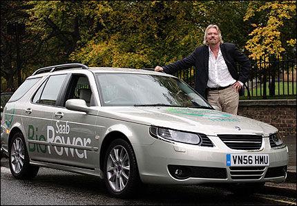 BRENNER FOR BIO: Virgin-sjefen Sir Richhard Branson. Foto: Saab.
