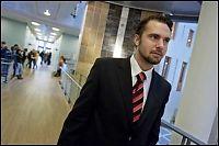 Beskylder VG-journalist for å ha oppmuntret kakestuntet