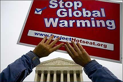 ØNSKER CO2-FORBUD: 12 ulike delstater og 13 ulike miljøgrupper har reist saken med USAs miljøvernmyndigheter som motpart. Foto: AFP