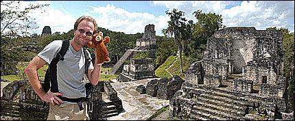 UT PÅ TUR: Paul Olai-Olssen tilbrakte lang tid på reisefot for å lage programserien «Paul padler Latin-Amerika». Foto: TV 2