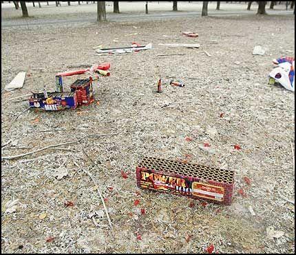 RAKETT-FYLLA: Slik ser det ut i Frognerparken 1. januar. Foto: Olav Olsen