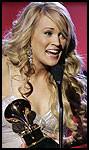 IDOL-YNDLING: Country-stjernen Carrie Unerwood vant to priser. Foto: AP