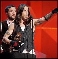 VANT TRE PRISER: Red Hot Chili Peppers. Foto: AP