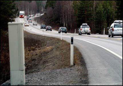 MYE Å SPARE: Her på strekningen mellom Gardermoen og Kolomoen kan det bli lavere CO2-utslipp når veien blir utbygget til fire felt. Foto: KRISTIN SVORTE