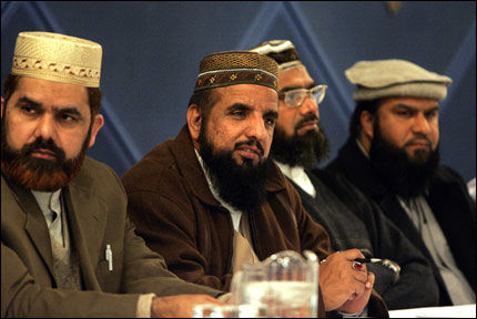 UDEMOKRATISK: Muslimske Mohammed Hussein mener at Islamsk råd Norge er udemokratisk. Her er representanter for paraplyorganisasjonen. Foto: SCANPIX