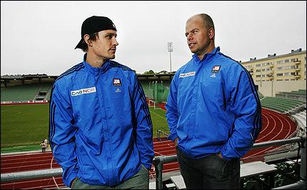 UTEN SPYD: Andreas Thorkildsen skal konkurrere igjen først i DN-gallaen 7. august. Trener Åsmund Martinsen har strategien klar foran VM med tanke på ryggskaden til spydkasteren. Foto: Scanpix