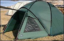 NORSK: Bergans har laget sekker, telt og soveposer siden 1909. I år gjør teltet Fjellcamp det bra i VG Nett/Villmarkslivs test. Foto: John Arne Tungen