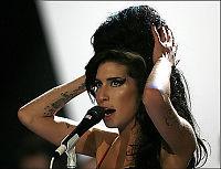 - Amy innlagt på sykehus etter overdose
