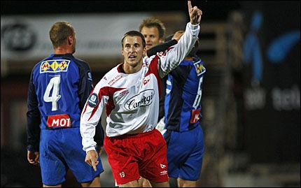 MÅ STÅ OVER?: Andreas Tegström har her nettopp sitt første mål i FFK-drakten. Nå risikerer han å stå over serieåpningen mot Brann. Foto: Scanpix