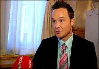 Anklagene mot Røkke: - Alle kort må på bordet