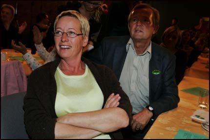 HJEMME BEST: Marit Arnstad vil ikke flytte fra gården hjemme på Skavtal i Stjørdal for å bli oljeminister i Oslo. Foto: Frode Hansen