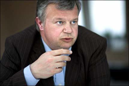 JA TAKK: -Vi trenger begge grupper, sier Bjarne Håkon Hansen og sikter til trygdede i arbeid og økt arbeidsinnvandring.