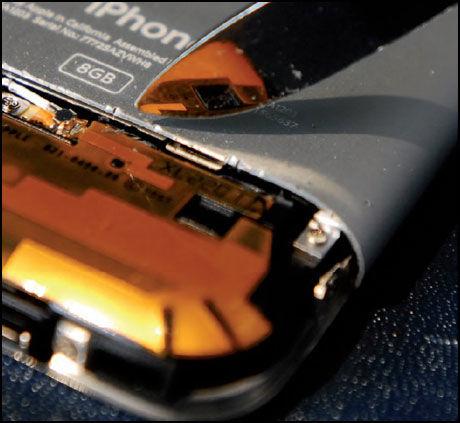 MILJØGIFTER: Ifølge Greenpeace er Apples iPhone full av miljøgifter. Foto: Skjermbilde