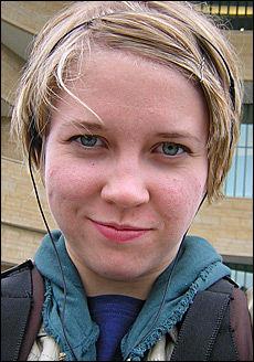 ENDELIG FRISK IGJEN: Karen Havelin (26) har nylig kunnet begynne på jobb igjen etter at hun ble smittet i 2004. Unge kvinner er i høyrisikogruppen for Giardia-smitte gjennom vannforsyningen. Foto: Privat
