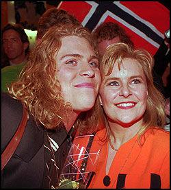 GRAND PRIX: Jan Werner og Elisabeth Andreassen etter sjetteplassen i Grand Prix-finalen i 1994. Foto: SCANPIX