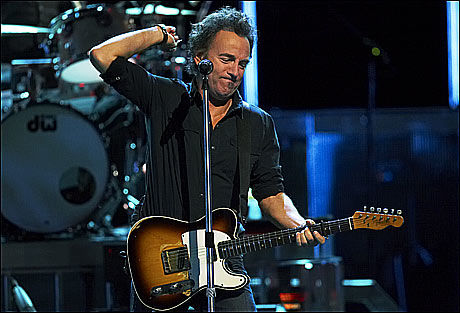 I OSLO: Bruce Springsteen holdt konsert i Oslo tirsdag kveld. Foto: SCANPIX