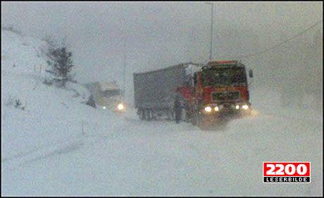 BLIR DET KAOS? Slik så det ut mellom Kristiansand og Grimstad i fjor. Nå varsler meteorologene at det kan bli lignende tilstander til helgen. Foto: Sondre Aanonsen