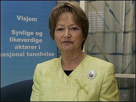 ERSTATNING: Gerd Bang-Johansen varsler flere hundre erstatningskrav etter at tannhelsesekretærer hevder de har fått yrkesskader som følge av kvikksølv. Foto: Scanpix