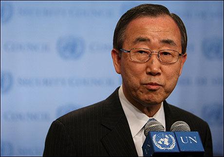 - STØRE VAR MÅLET: FNs generalsekretær Ban Ki-moon slår fast at den norske delegasjonen med utenriksminister Jonas Gahr Støre i spissen var målet for selvmordsaksjonen i Kabul. Foto: AFP