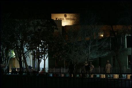 ANGREP HOTEL: Kabul Hotel Serena var målet for et Taliban-angrep mandag. Foto: AP