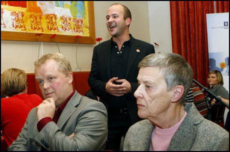 FULL JUBEL: Leder Jon Reidar Øyan i Landsforeningen for lesbisk og homofil frigjøring fikk ikke fullrost forslaget om ny ekteskapslov nok. Foto: Scanpix